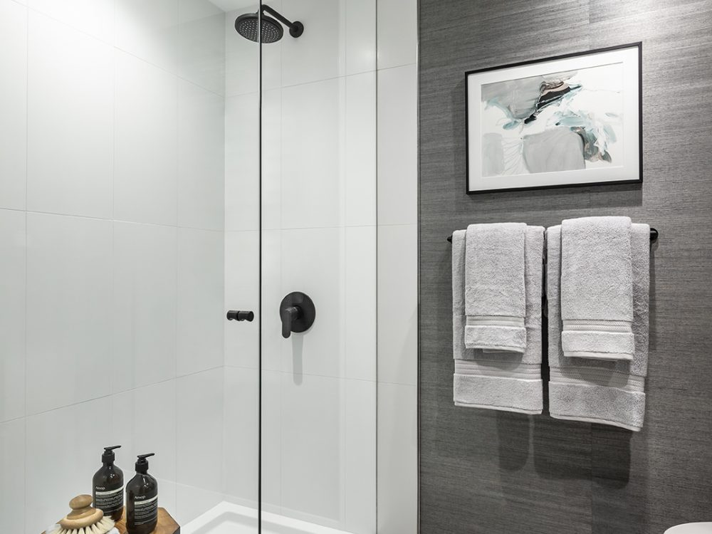 UD_Bathroom 2 Shower-Final1_LowRes